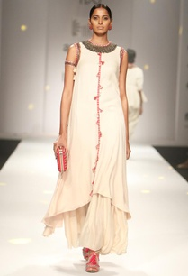 ivory-embroidered-long-kurta-with-gathered-maxi-skirt