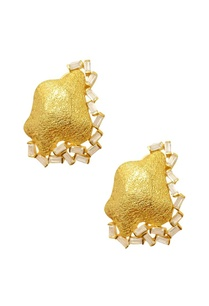 gold-plated-textured-crystal-studs