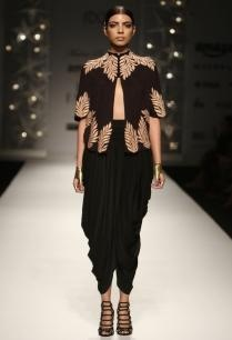 black-beige-feather-short-cape