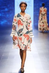 ivory-chintz-applique-short-dress