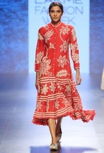 red-beige-floral-chintz-buttoned-dress
