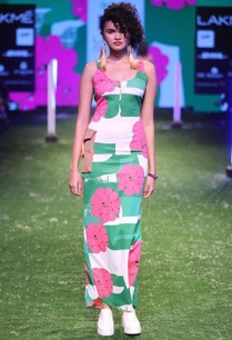 green-pink-garlic-printed-fitted-dress