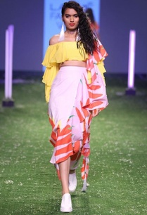 yellow-off-shoulder-blouse-with-red-chilli-printed-sari