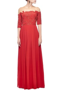 red-gold-scale-embellished-gown