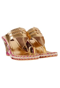 raani-gold-floral-embroidered-wedges