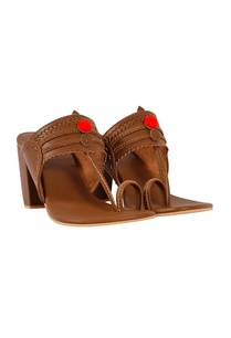 brown-kolhapuri-block-heels-with-red-pom-poms