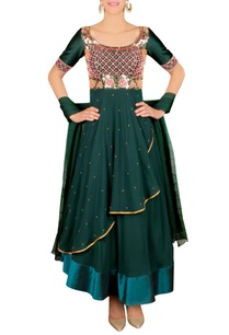 emerald-floral-embroidered-anarkali-set