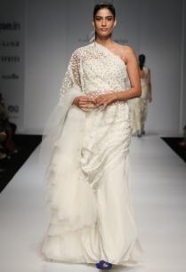 ivory-floral-embellished-lehenga-sari