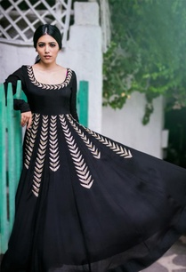 black-gold-leaf-embroidered-anarkali