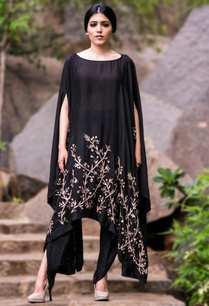 black-sunflower-embellished-cape-with-black-dhoti-pants