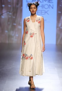 cream-floral-embroidered-wrap-dress
