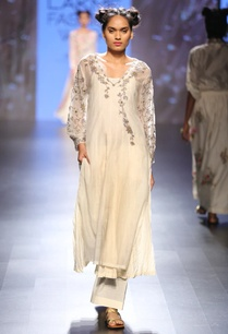 cream-grey-floral-embroidered-long-tunic