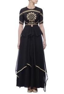 black-embroidered-yoke-kurta-lehenga