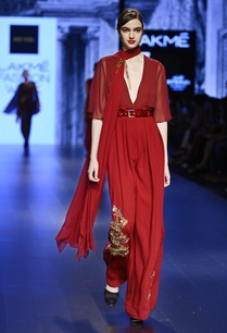 maroon-jumpsuit-with-dupatta