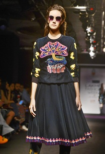 black-knee-length-embroidered-skirt