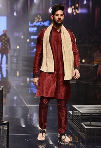 wine-embroidered-kurta-pants