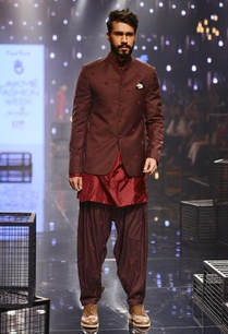wine-embroidered-bandhgala-with-kurta-patiala