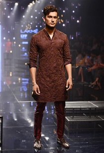 wine-embroidered-kurta-red-breech-pants