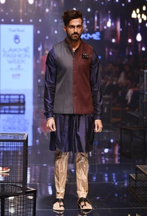 navy-kurta-champagne-breech-pants-with-bandi
