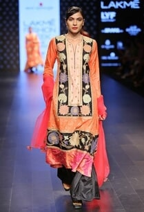 rust-embroidered-kurta-pants-set