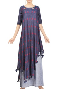 indigo-motif-handwoven-jamdani-tunic-with-grey-floral-skirt
