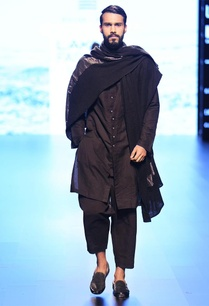 black-buttoned-down-kurta