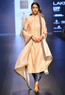 blush-embroidered-kurta-set