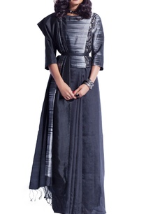 black-grey-sari-with-ikat-patterns