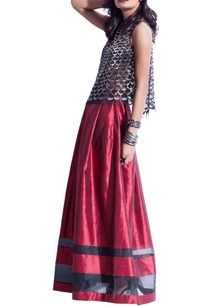 maroon-black-striped-metallic-skirt