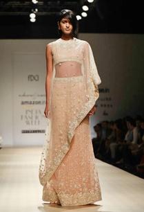 honey-mesh-blouse-skirt-with-triangular-cape