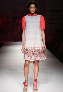 white-and-blue-printed-shift-dress-with-floral-embroidery