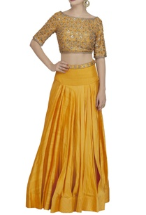 yellow-gold-embroidered-blouse-lehenga-set