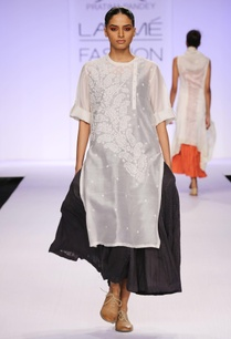 white-black-chikankari-layered-kurta