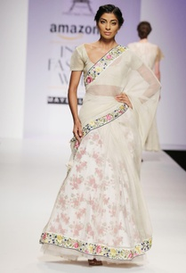 white-pink-floral-embroidered-sari-set