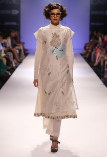 ivory-embroidered-tunic-with-anarkali-salwar
