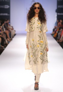 ivory-embroidered-tunic-with-anarkali-pants
