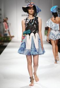 black-blue-white-printed-frilled-dress