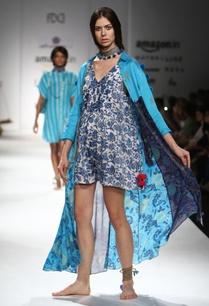 blue-white-printed-cold-shouldered-shirt-dress-jumper