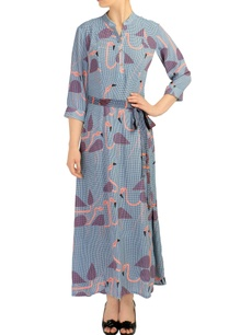 blue-printed-maxi-dress-with-tie-up-belt