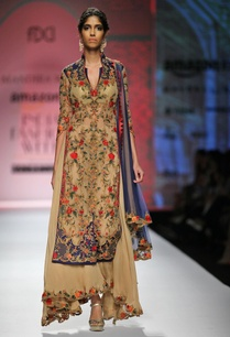 beige-blue-red-embroidered-kurta-set