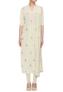 pale-green-kurta-set-with-silver-embellishments