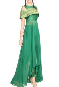 emerald-cold-shoulder-embroidered-kurta-with-pants