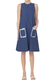 blue-dress-with-printed-patch-pockets