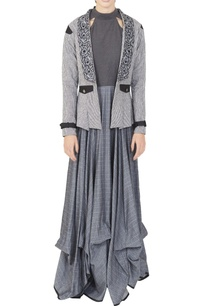 black-cotton-dress-with-a-grey-printed-jacket