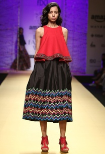 black-skirt-with-multicolored-printed