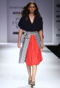 red-navy-blue-fit-layered-textured-a-line-skirt