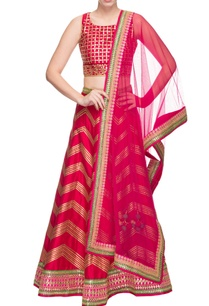 fuschia-embroidered-lehenga-set