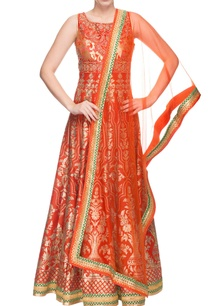 scarlet-red-embroidered-anarkali-dupatta