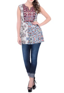 white-and-blue-floral-printed-top