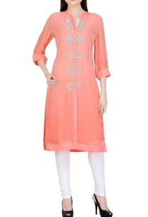 peach-white-embroidered-kurta-set